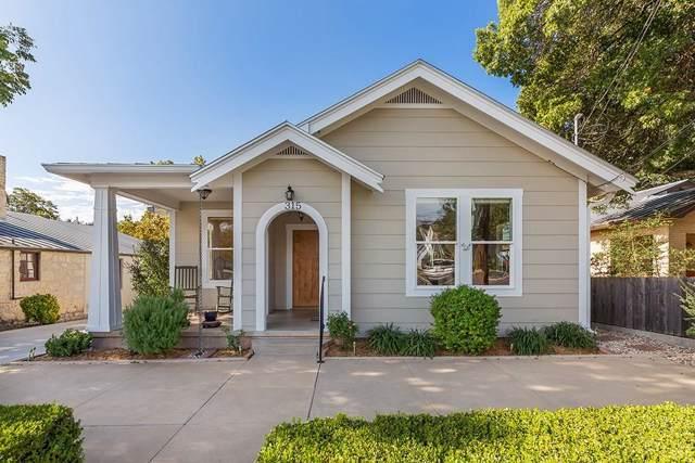 315 W San Antonio St, Fredericksburg, TX 78624 (#7880522) :: The Perry Henderson Group at Berkshire Hathaway Texas Realty