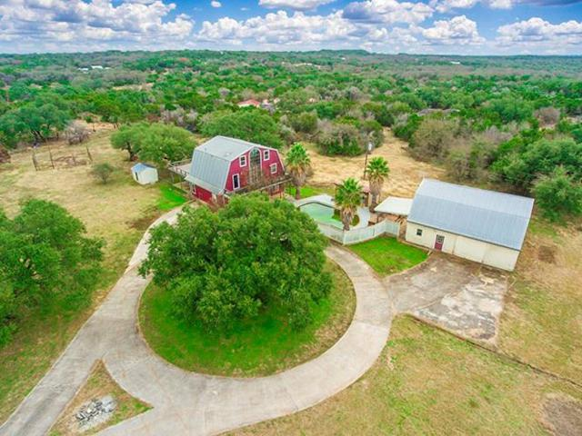 718 Owl Hollow Rd, San Marcos, TX 78666 (#7886952) :: The Perry Henderson Group at Berkshire Hathaway Texas Realty