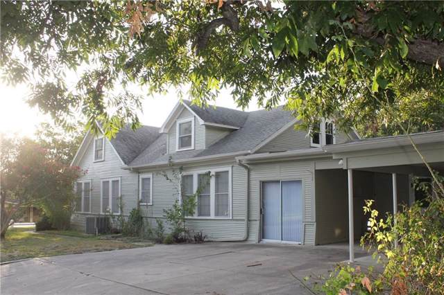 1402 Sloan St, Taylor, TX 76574 (#7895621) :: 12 Points Group