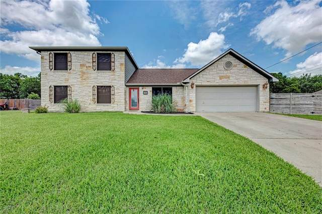 1265 E Independence St, Giddings, TX 78942 (#7897294) :: The Summers Group