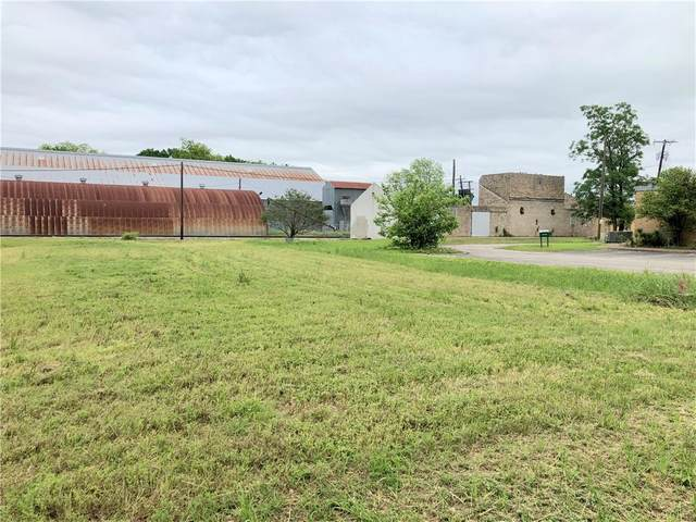 301 N Main/112 2nd St St, Elgin, TX 78621 (#7948926) :: Front Real Estate Co.