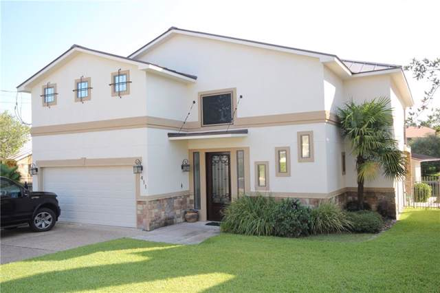 411 Oak Rock Pt, Horseshoe Bay, TX 78657 (#7964202) :: The Perry Henderson Group at Berkshire Hathaway Texas Realty
