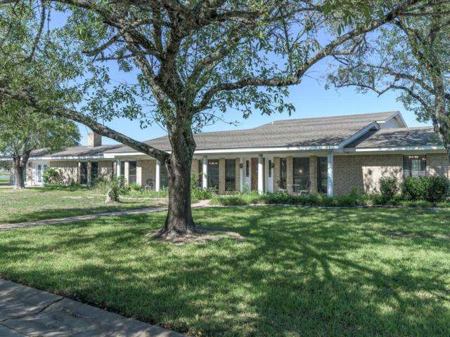 3345 E Austin St, Giddings, TX 78942 (#8050014) :: The Perry Henderson Group at Berkshire Hathaway Texas Realty