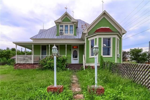308 N Broad St, Coupland, TX 78615 (#8084836) :: Green City Realty