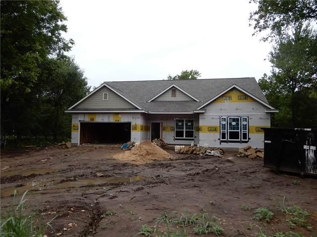 395 Lamaloa Ln, Bastrop, TX 78602 (#8111183) :: The Perry Henderson Group at Berkshire Hathaway Texas Realty