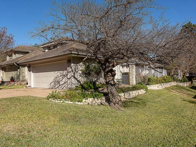 7910 Mesa Trails Cir, Austin, TX 78731 (#8135780) :: Watters International