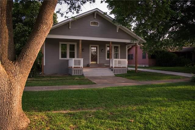 402 E Davilla St, Granger, TX 76530 (#8161261) :: The Perry Henderson Group at Berkshire Hathaway Texas Realty
