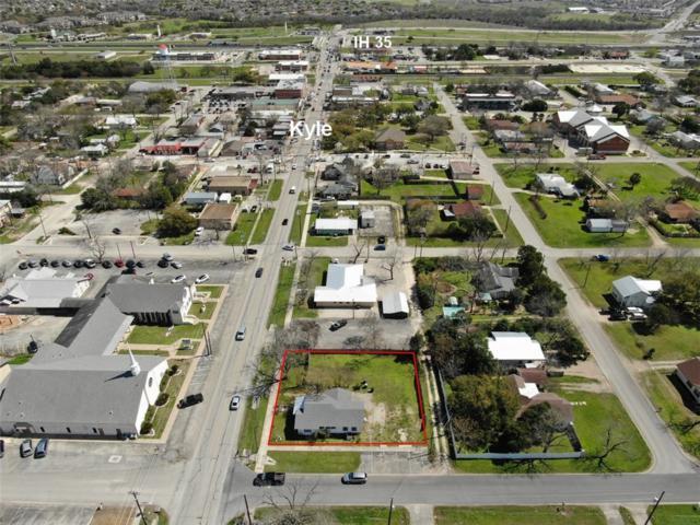 409 W Center St, Kyle, TX 78640 (#8205952) :: Papasan Real Estate Team @ Keller Williams Realty