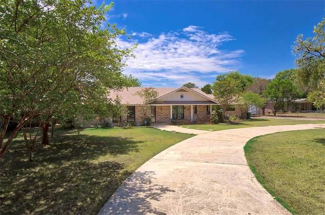 1229 Fredericksburg Rd, New Braunfels, TX 78130 (#8214969) :: The Perry Henderson Group at Berkshire Hathaway Texas Realty