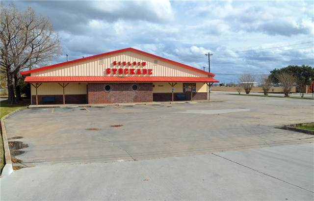 1420 S Colorado St, Lockhart, TX 78644 (#8215905) :: The Perry Henderson Group at Berkshire Hathaway Texas Realty