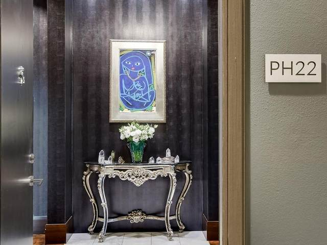 54 Rainey St Ph22, Austin, TX 78701 (#8234169) :: Realty Executives - Town & Country
