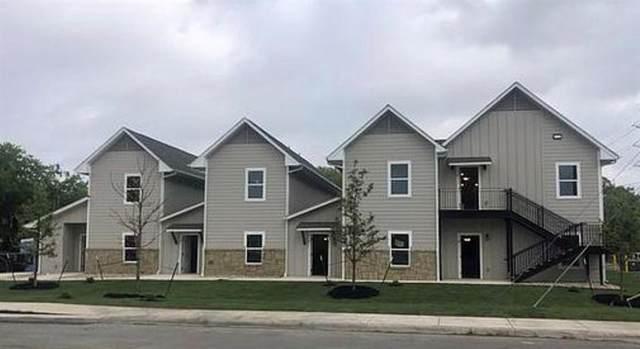 1070 E Cedar St, Seguin, TX 78155 (#8249964) :: Green City Realty