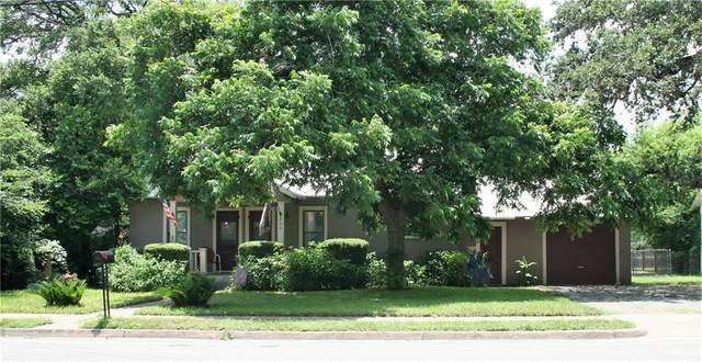239 N Monroe St, La Grange, TX 78945 (#8256625) :: Papasan Real Estate Team @ Keller Williams Realty