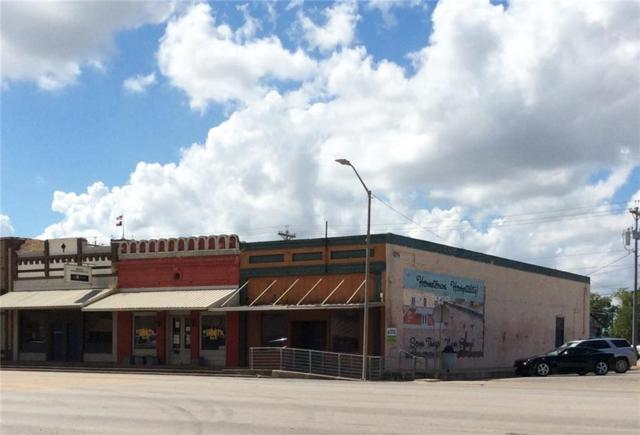 194 W Austin St, Giddings, TX 78942 (#8281141) :: Watters International