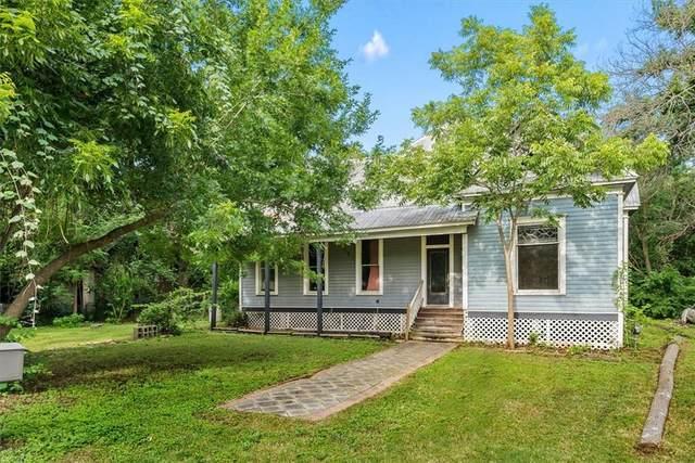 201 N Pecos St, Lockhart, TX 78644 (#8348973) :: Papasan Real Estate Team @ Keller Williams Realty
