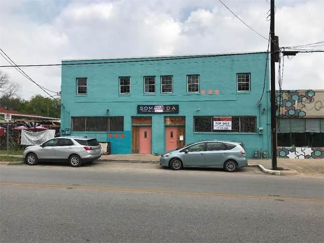 2324 E Cesar Chavez St, Austin, TX 78702 (#8353290) :: Green City Realty