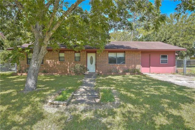 502 Ash St, Smithville, TX 78957 (#8378012) :: NewHomePrograms.com LLC