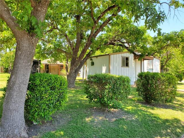 603 W Pecan St, Taylor, TX 76574 (#8405099) :: The Summers Group