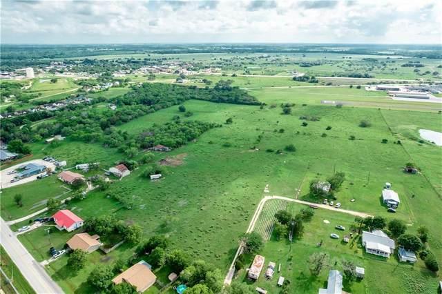 2521 Harwood Rd, Gonzales, TX 78629 (#8411594) :: Papasan Real Estate Team @ Keller Williams Realty
