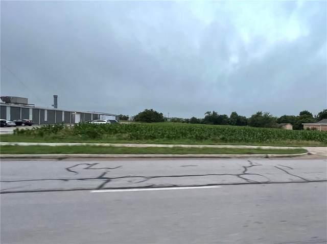 1400 W 2nd St, Taylor, TX 76574 (#8431671) :: Papasan Real Estate Team @ Keller Williams Realty