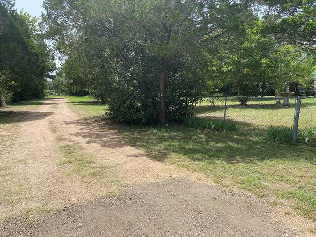 240 Foothill Rd, Bastrop, TX 78602 (#8516088) :: Papasan Real Estate Team @ Keller Williams Realty