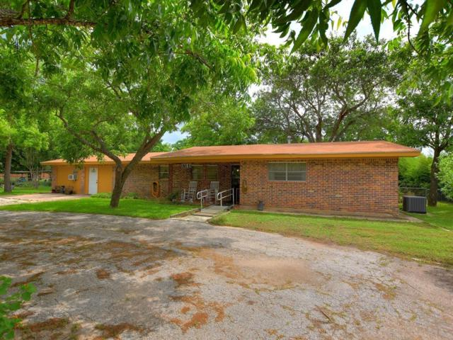 1107 Oak St, Burnet, TX 78611 (#8595670) :: Realty Executives - Town & Country