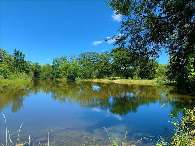 001 Roy Rd, Flatonia, TX 78941 (MLS #8598642) :: Brautigan Realty
