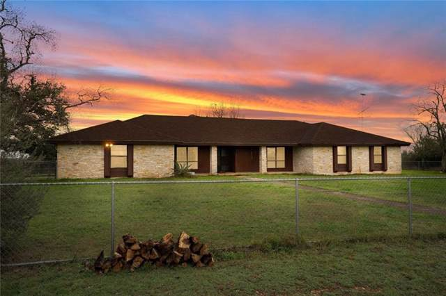 220 Westwood Rd, Lockhart, TX 78644 (#8650424) :: The Perry Henderson Group at Berkshire Hathaway Texas Realty