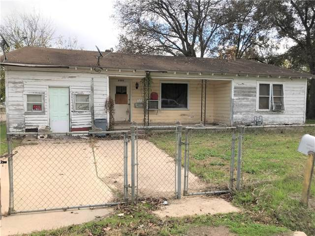 1307 N Crockett Ave, Cameron, TX 76520 (#8711393) :: Papasan Real Estate Team @ Keller Williams Realty