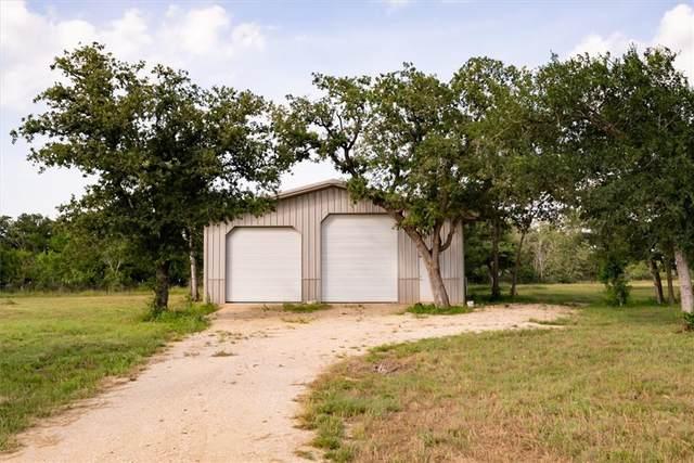 120 Lakeview Cir, Lockhart, TX 78644 (#8770716) :: Watters International
