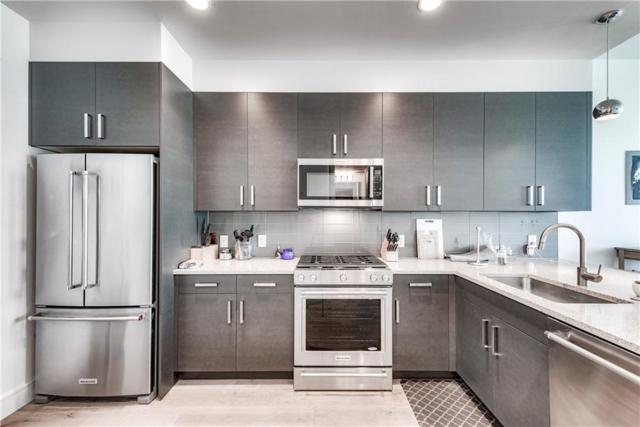 222 West Ave #2403, Austin, TX 78701 (#8791078) :: KW United Group