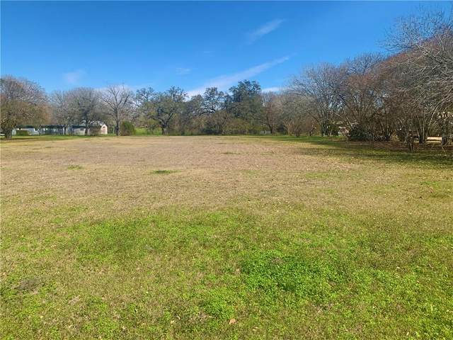 000 N Market St, Flatonia, TX 78941 (#8798765) :: RE/MAX IDEAL REALTY