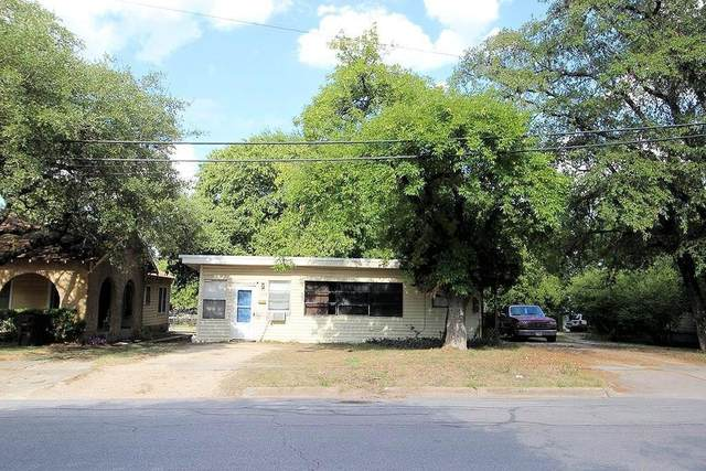 516 S Main St, Lockhart, TX 78644 (#8811562) :: The Heyl Group at Keller Williams