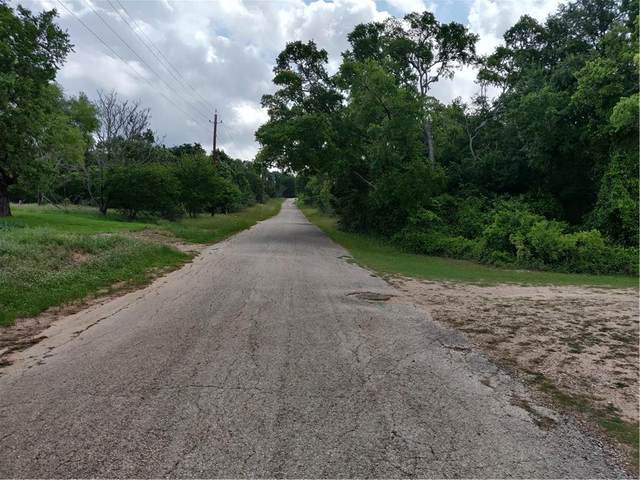 1907 Jasper St, Bastrop, TX 78602 (MLS #8869128) :: Vista Real Estate