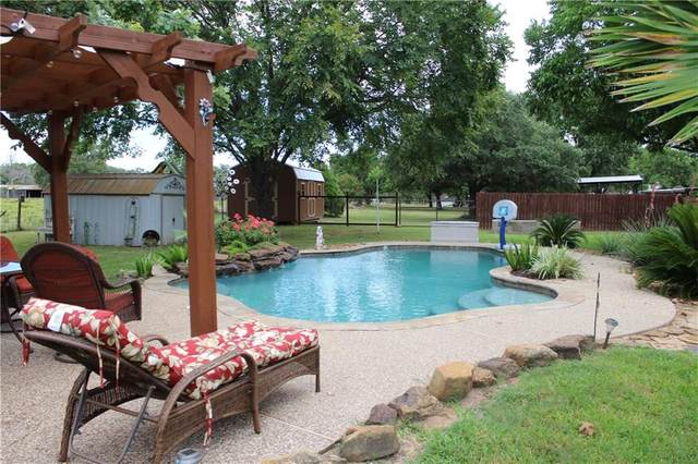 2147 Oak Ridge Rd, La Grange, TX 78945 (#8909988) :: Papasan Real Estate Team @ Keller Williams Realty