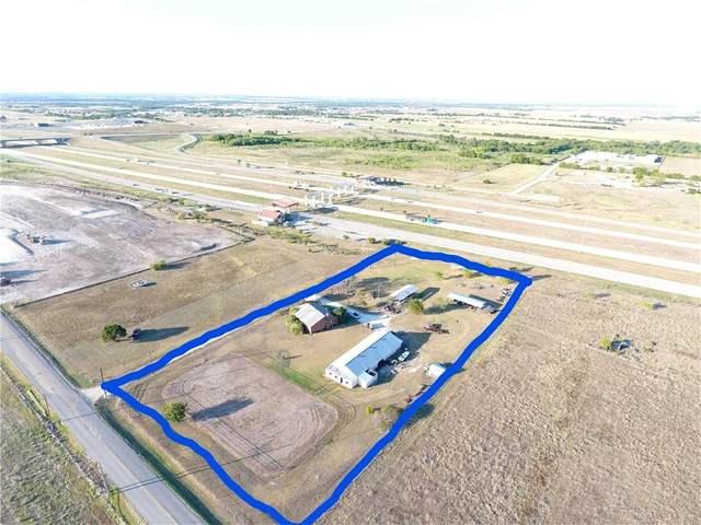 801 County Road 118, Hutto, TX 78634 (#8910719) :: The Perry Henderson Group at Berkshire Hathaway Texas Realty