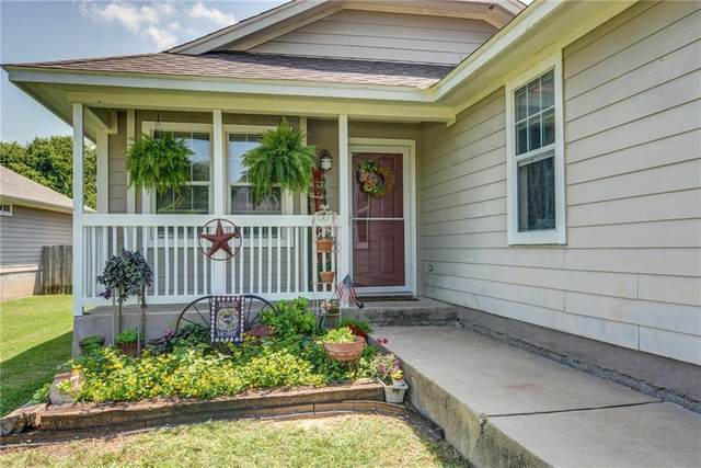 111 Hawea Ln, Bastrop, TX 78602 (#8959773) :: Papasan Real Estate Team @ Keller Williams Realty