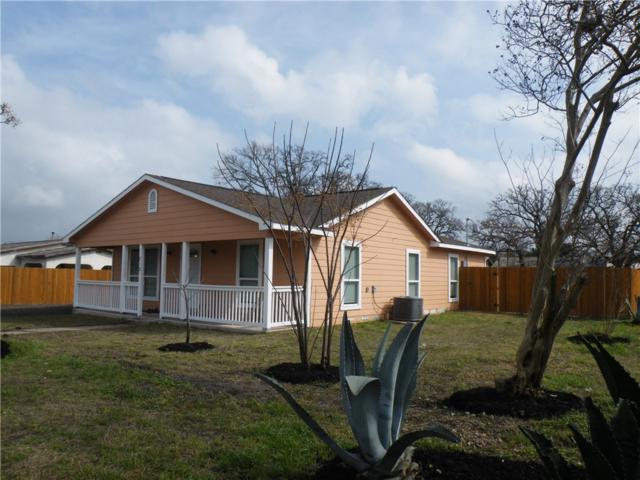 712 N Harris St, Giddings, TX 78942 (#8965181) :: Papasan Real Estate Team @ Keller Williams Realty