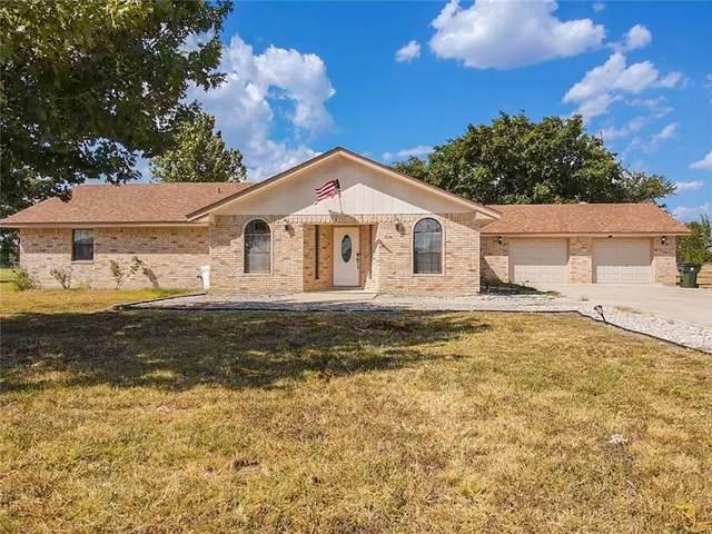 300 Sunbelt Rd, Seguin, TX 78155 (#8996269) :: The Summers Group