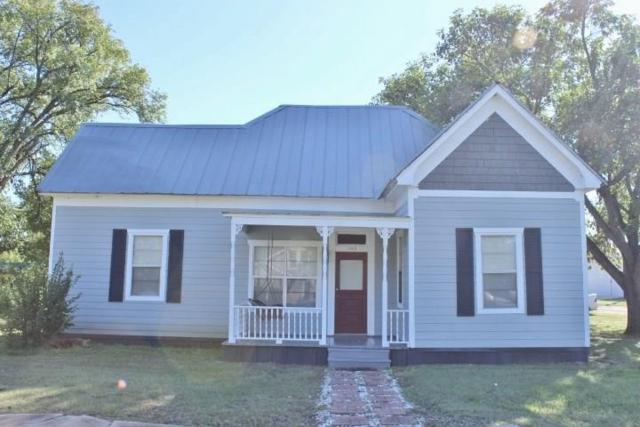 145 W Bell St, Bartlett, TX 76511 (#9002585) :: The ZinaSells Group