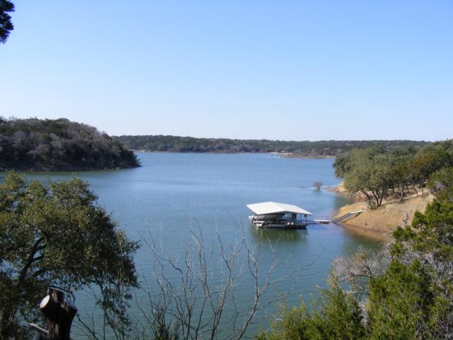 26815 Blue Cove Rd, Marble Falls, TX 78654 (#9141261) :: 12 Points Group