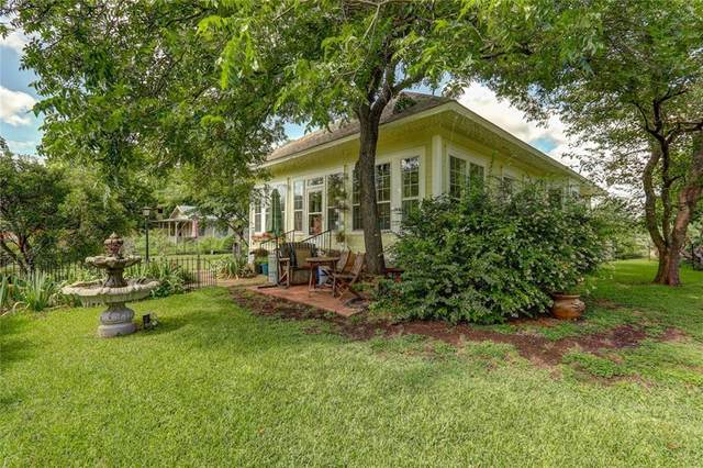 904 S Walnut St, Georgetown, TX 78626 (#9148898) :: Papasan Real Estate Team @ Keller Williams Realty