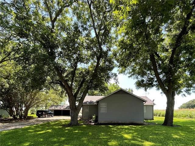4213 N Main St, Taylor, TX 76574 (#9168632) :: Papasan Real Estate Team @ Keller Williams Realty