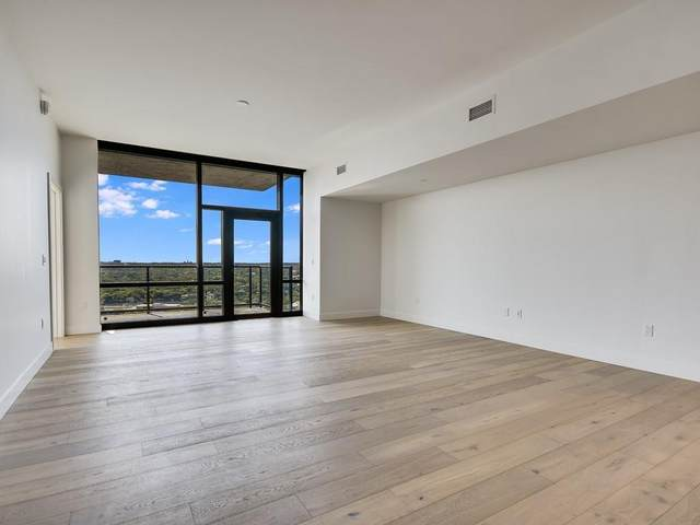 70 Rainey St #2101, Austin, TX 78701 (#9220656) :: Green City Realty