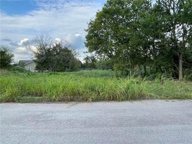 155 West Oak Loop, Cedar Creek, TX 78612 (#9230678) :: Papasan Real Estate Team @ Keller Williams Realty