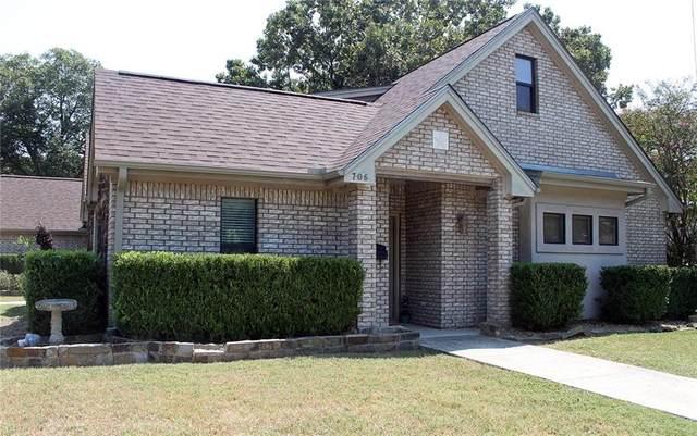706 Plum St, Lockhart, TX 78644 (MLS #9231843) :: Brautigan Realty