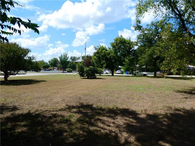 000 Jefferson St, Bastrop, TX 78602 (MLS #9271096) :: Vista Real Estate
