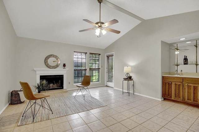 1202 Thorpe Ln #308, San Marcos, TX 78666 (#9280936) :: The Perry Henderson Group at Berkshire Hathaway Texas Realty