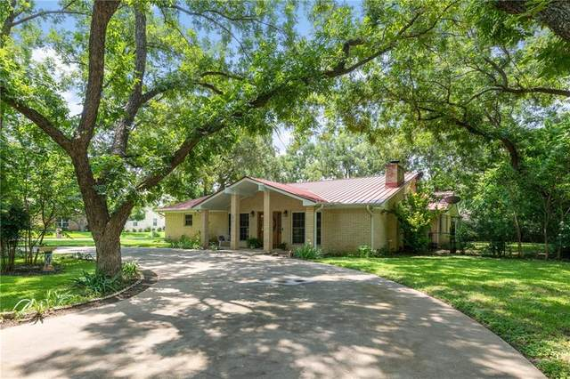301 Stewart St, Meadowlakes, TX 78654 (#9301172) :: Zina & Co. Real Estate