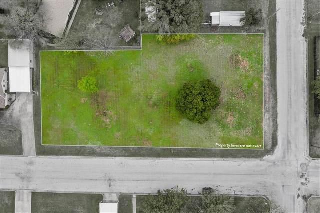806 Avenue L, Clifton, TX 76634 (#9314521) :: Papasan Real Estate Team @ Keller Williams Realty